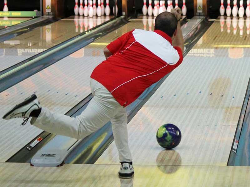 Bowling-time
